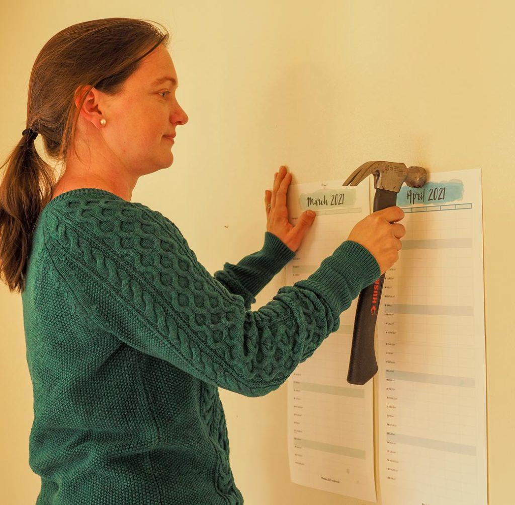 hang up the wall calendar